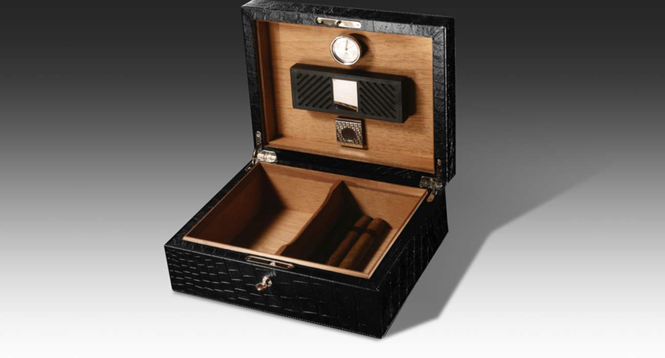 Cigar Box Holder
